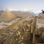 Fotógrafos rusos escalan ilegalmente la Gran Pirámide de Egipto para tomar varias fotografías