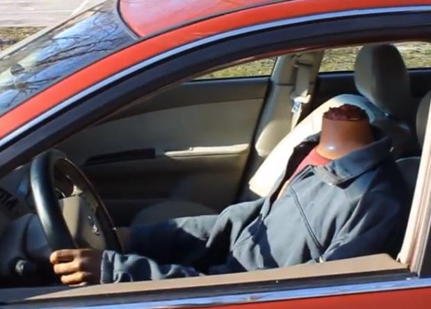 Mago Rahat: La broma del conductor sin cabeza