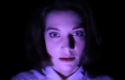 Así es como cambia un rostro cuando le aplicamos una iluminación diferente