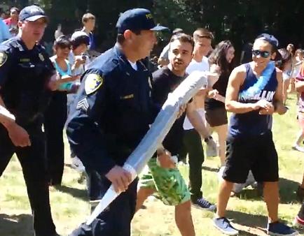 La policía requisa un porro de un metro y casi dos kilos en una universidad de California