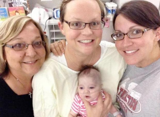 Una embarazada 'resucita' después de practicarle una cesárea post mórtem