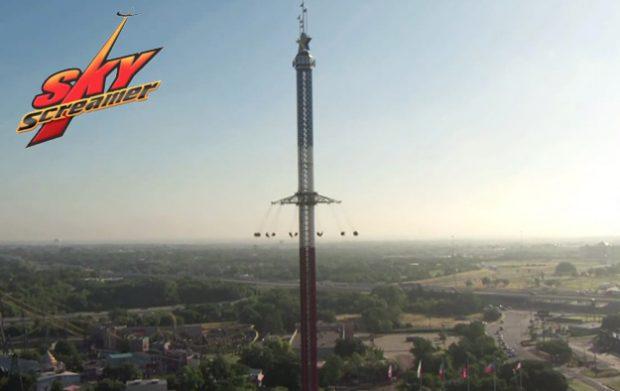 La torre SkyScreamer de Texas: Sillas voladoras a 120 metros de altura