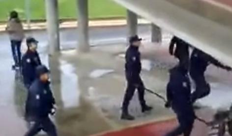 Agresiones de la policía a manifestantes en Salamanca