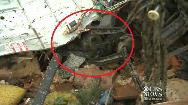 Vídeo de la anciana que encontró a su perro enterrado vivo después del tornado de Oklahoma mientras hacía una entrevista