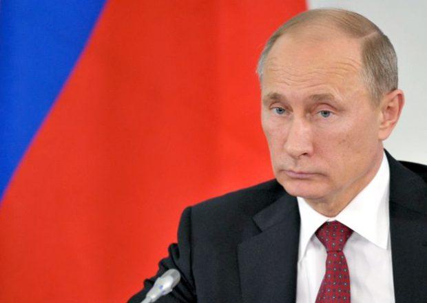 Rusia aprueba una ley que permitirá arrestar a los turistas gays