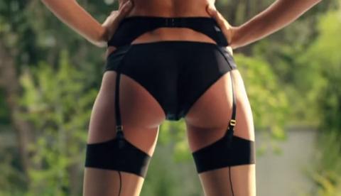El anuncio de lencería dirigido por Penélope Cruz y protagonizado por Irina Shayk