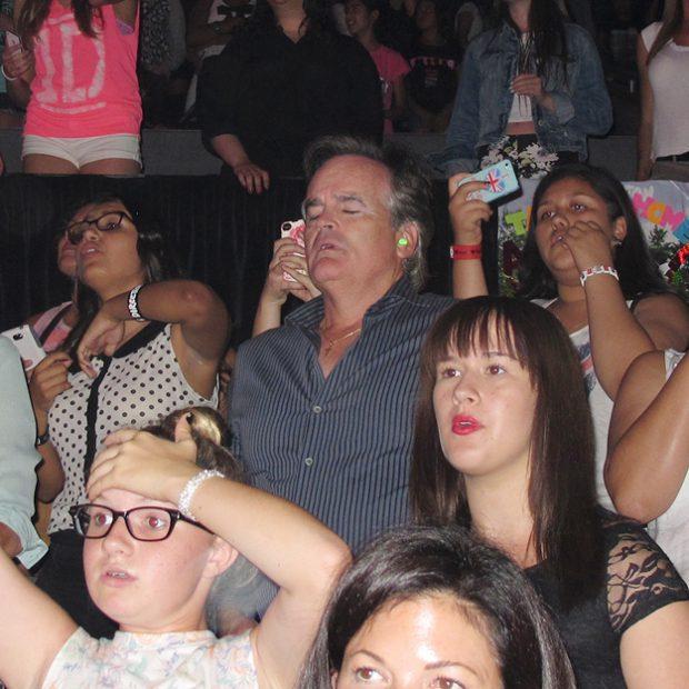 Padres en un concierto de One Direction