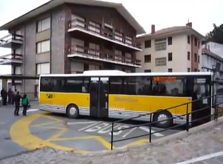 Parada de autobús giratoria en Elantxobe, Vizcaya