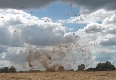 Un tornado un poco extraño