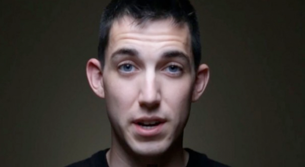 Un joven confiesa en Youtube que mató a un hombre cuando conducía borracho
