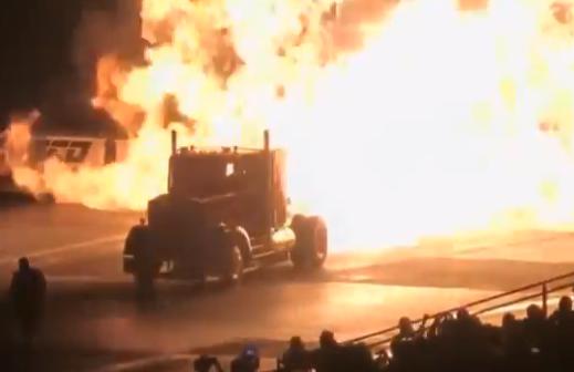 Esto es lo que ocurre cuando le pones el motor de un avión a un camión