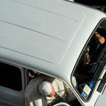 Ojo al nuevo coche del Papa Francisco...