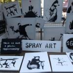 Banksy pone un puesto callejero en Central Park y no vende casi nada (vídeo)