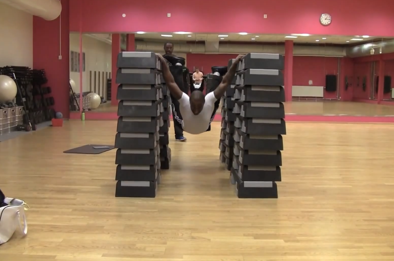 Las super lagartijas de 1.36 metros de Ahmed Kerigo