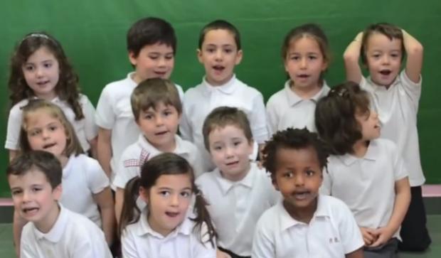 Niños de Vigo arrasan con una canción en lenguaje de signos