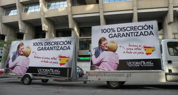 Rajoy, imagen de una web de relaciones extramatrimoniales: ''Discreción incluso cuando eres infiel a todo un país''