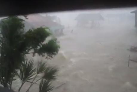 Así se vive un tifón en primera persona
