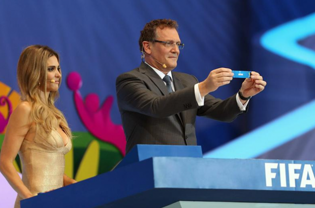 Este es el vídeo que explica la supuesta manipulación en el sorteo del Mundial 2014