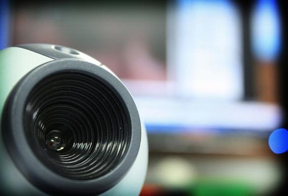 Cómo convertir tu teléfono en una webcam para el ordenador