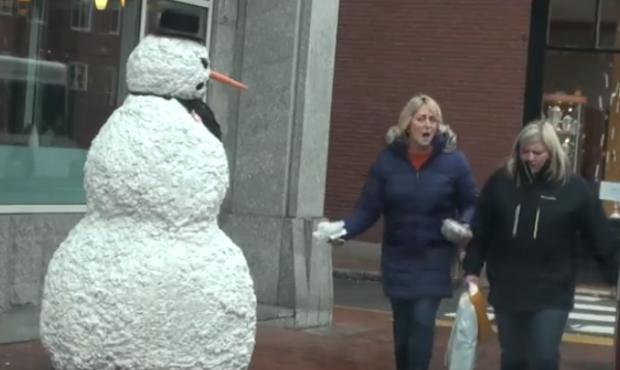 Vuelve en terrorífico muñeco de nieve