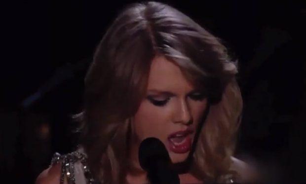 Taylor Swift atacada en los Grammys (Vídeo)