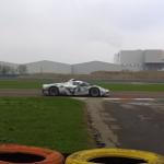 El extraño Ferrari LaFerrari con alerones y posible motor V6