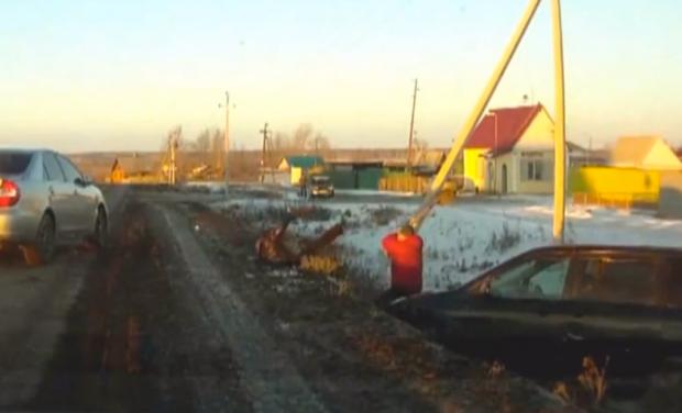 Furia en la carretera: Pala vs. Cuchillo (Rusia)