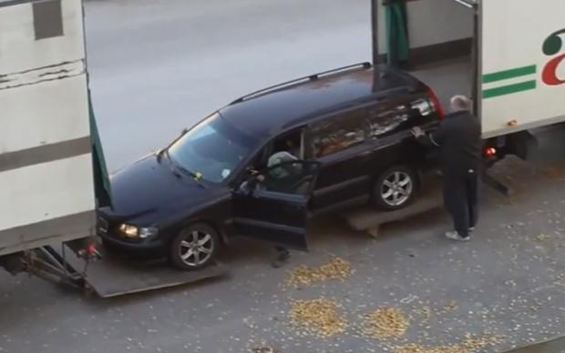 Ingenio e imaginación para cargar el coche