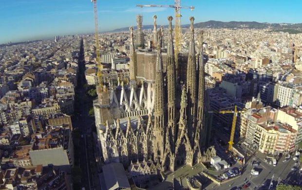 El 'skyline' de Barcelona, grabado con un drone