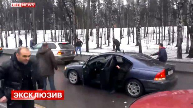 Tiroteo entre conductores cerca de San Petersburgo, Rusia