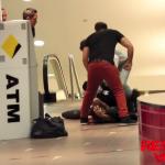 Broma de robo en cajero automático (Ojo al min. 1:08)