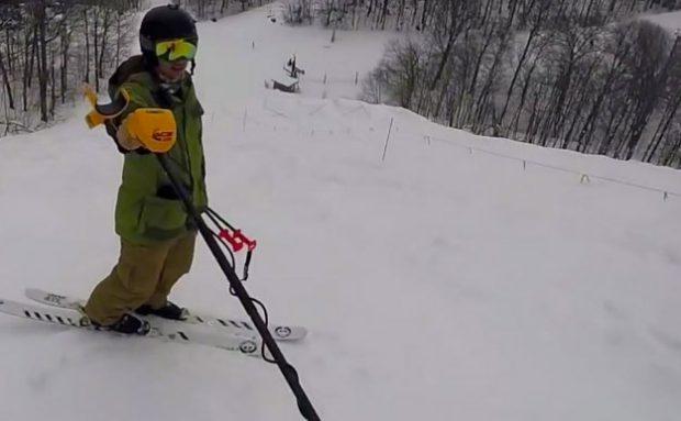 Perdió su iPhone esquiando, a la semana siguiente volvió con un detector de metales y...