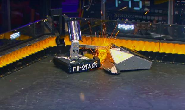 Brutal batalla de minirobots
