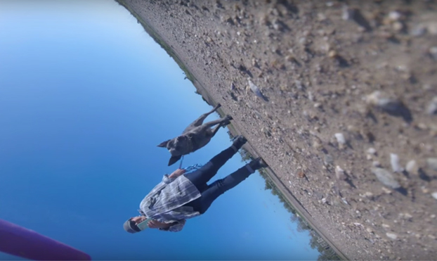 Una señora intenta robar un dron y una GoPro graba todo el suceso