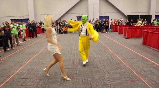 Comic-Con 2016: Cosplay de la máscara muy épico