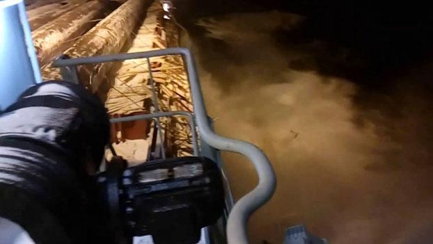 Lo que ocurre en alta mar cuando no has asegurado correctamente 15.000 toneladas de carga