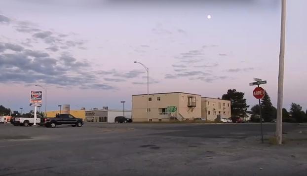 El monstruoso zoom de la Nikon P900 apuntando a la Luna