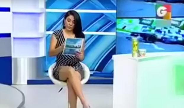La presentadora deportiva Sara Guerrero cae en directo en la broma de un seguidor del programa