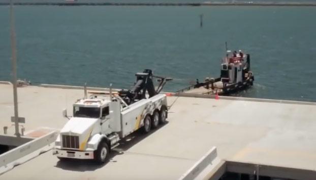 Camión de 500 CV vs barco de 900 CV