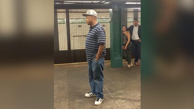 impresionante-voz-metro-nueva-york