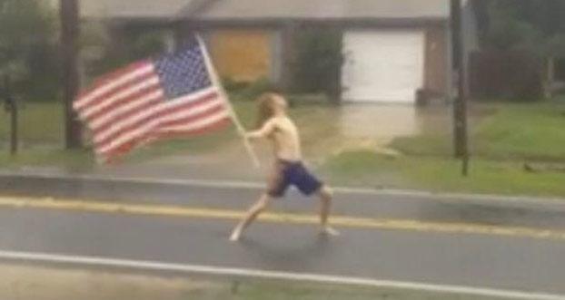 El heavy que se enfrentó al huracán Matthew mientras escuchaba Slayer