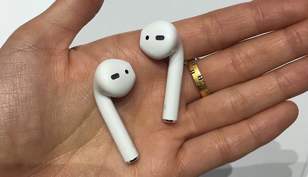 Inventan estos pendientes para que no pierdas los AirPods de tu iPhone