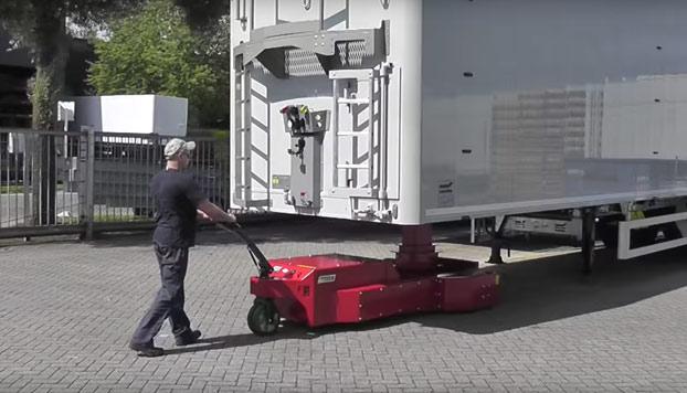 La carretilla con la que puedes transportar trailers