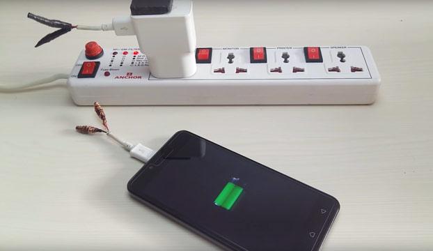 Cómo convertir el cargador de tu teléfono móvil en un cargador inalámbrico
