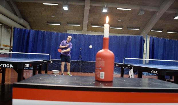 Pilla palomitas: Increíbles trucos de Ping Pong