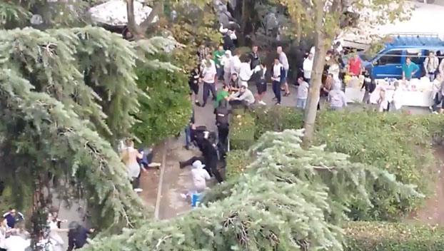 Tensión en los aledaños del Bernabéu: Ultras del Legia acorralan y agreden a varios policías