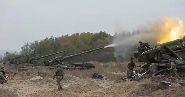 La artillería pesada en plena acción
