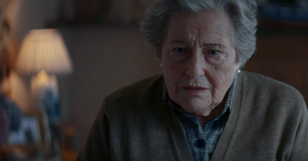 La abuela franquista. Parodia del anuncio de la Lotería de Navidad 2016