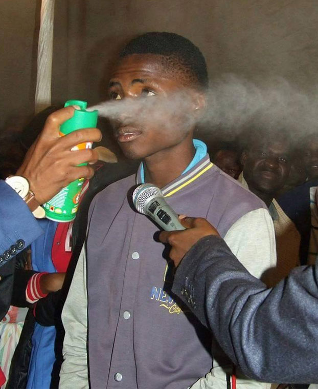pastor-insecticida-cura-cancer-2