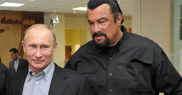 Vladímir Putin concede la ciudadanía rusa al actor Steven Seagal